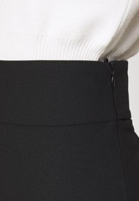 one more story - Pantalones - black - 3