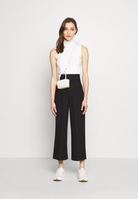 one more story - Pantalones - black - 1