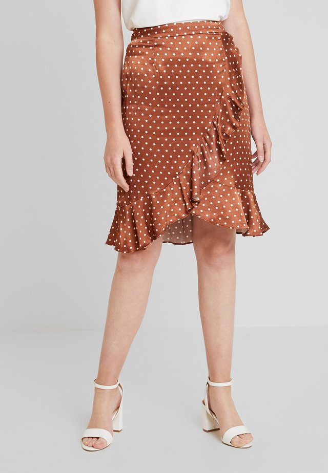 SKIRT - Bleistiftrock - coffee caramel