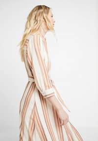 one more story - DRESS - Shirt dress - offwhite/multi color - 4