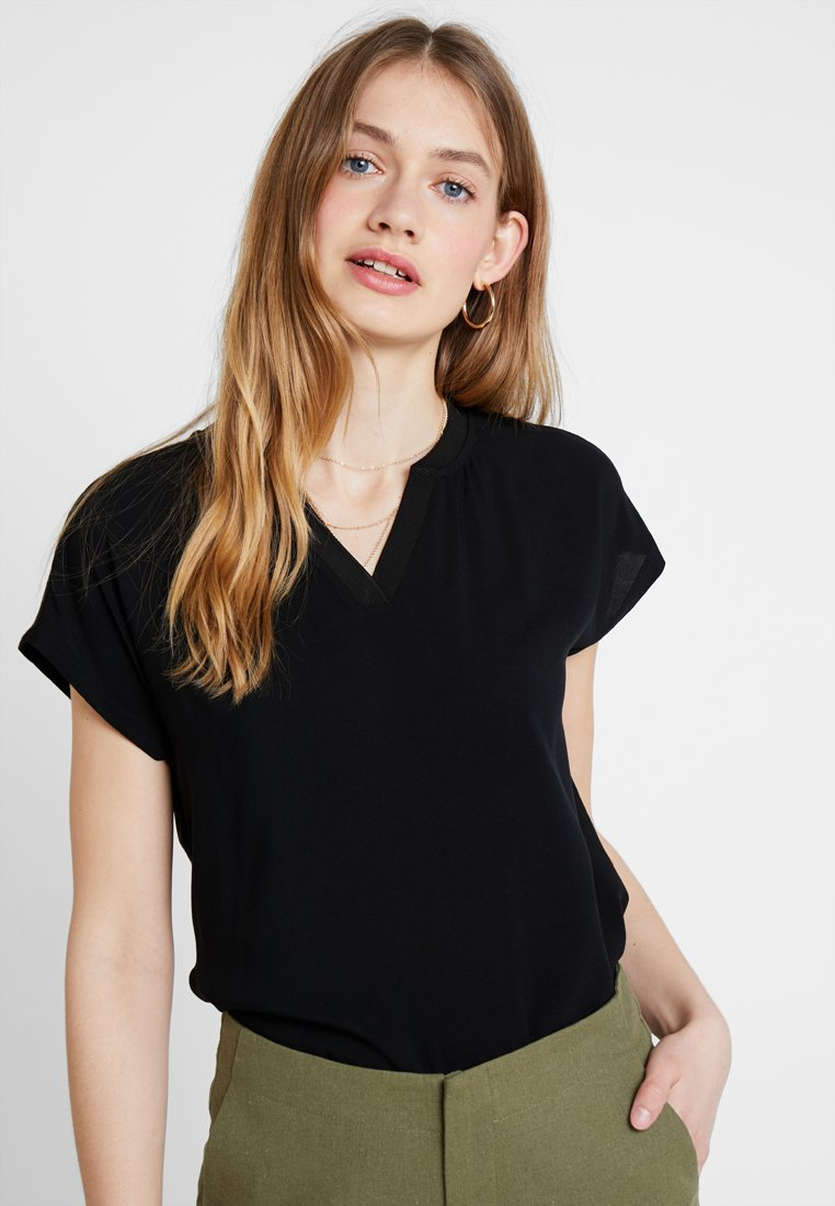 one more story - Blouse - black