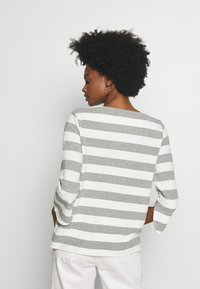one more story - Long sleeved top - silver grey - 2