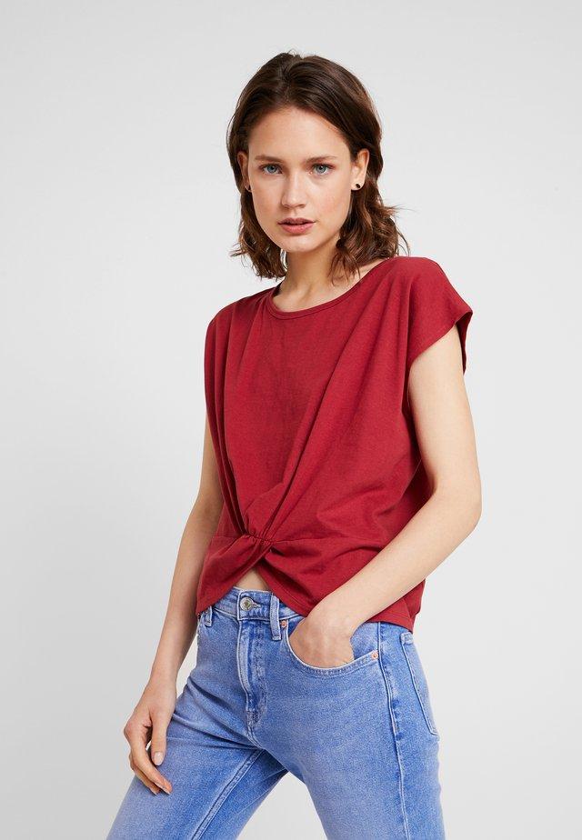 Print T-shirt - earth red