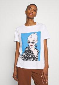 one more story - Print T-shirt - white - 0