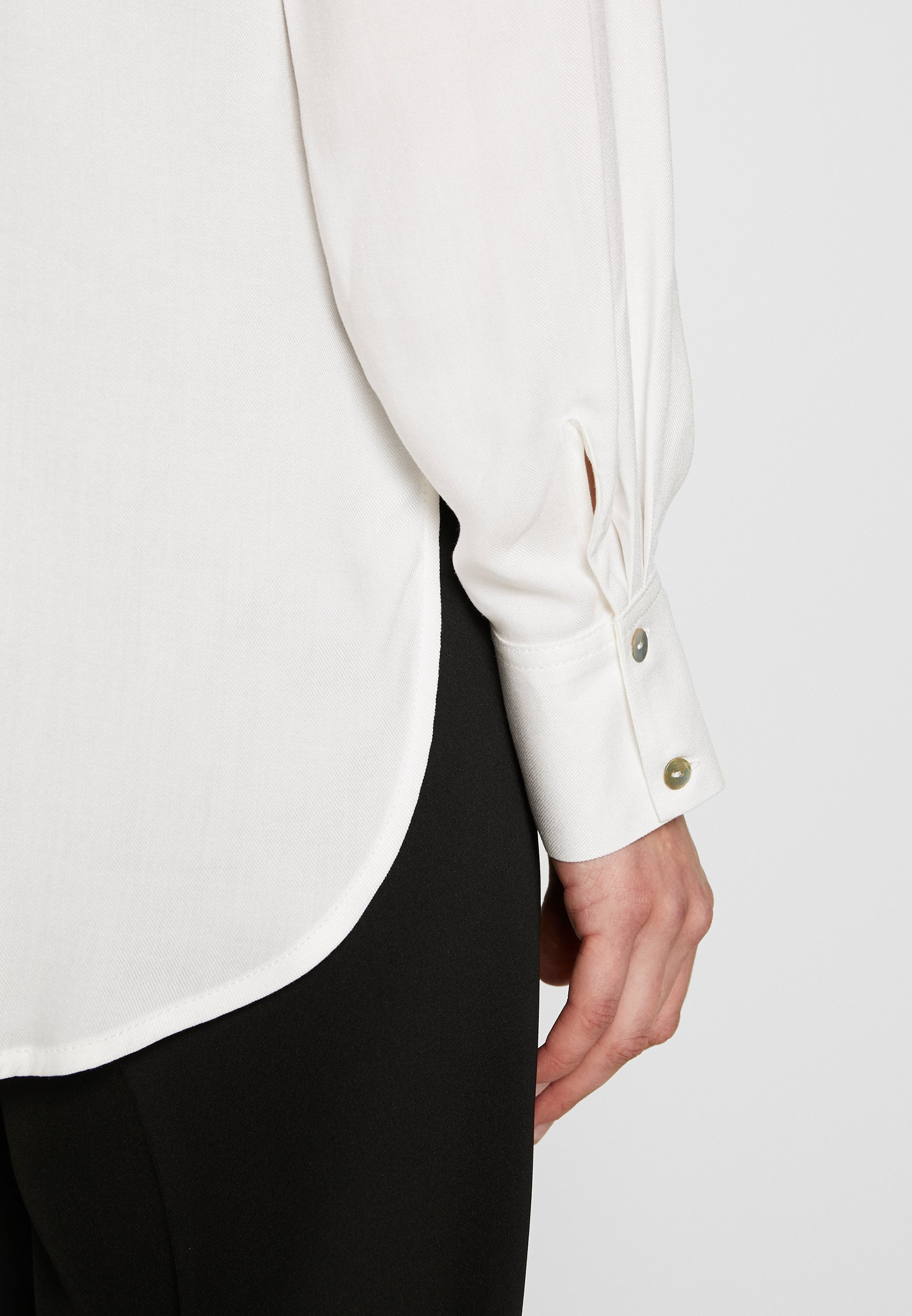 one more story BLOUSE - Camicia - off-white