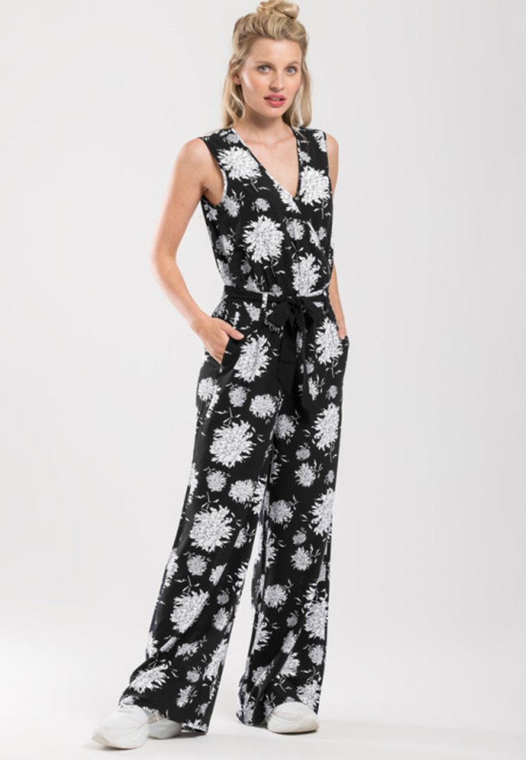 one more story - Jumpsuit - black