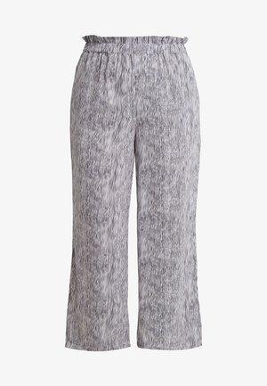 CARRILEY WIDE PANTS ANKLE LENGTH - Kalhoty - black