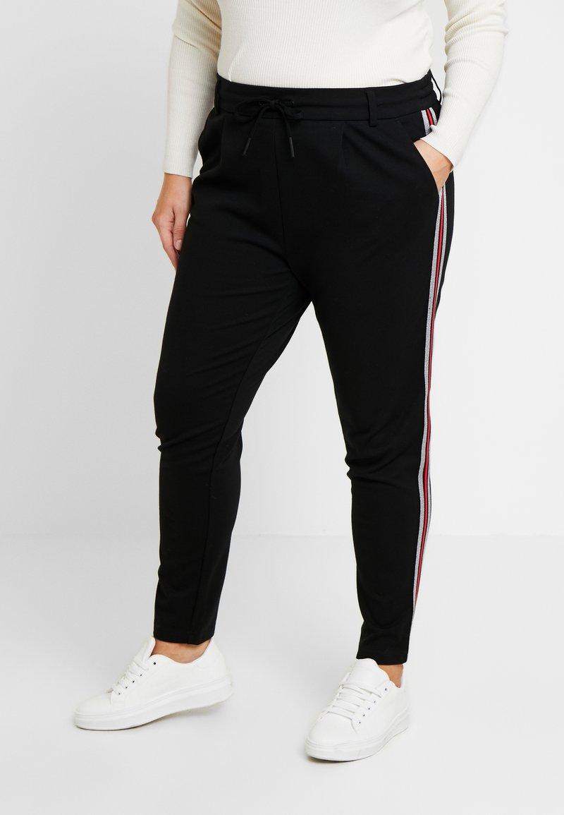 ONLY Carmakoma - CARGOLDTRASH PANEL PANT - Kalhoty - black