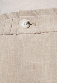 ONLY Carmakoma - CARNANO LONG PANT - Kalhoty - pumice stone melange - 5
