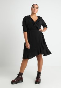 ONLY Carmakoma - CARNUT 3/4 WRAP DRESS SOLID - Day dress - black - 1