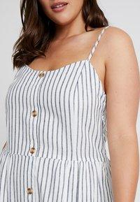 ONLY Carmakoma - CARUNA STRAP STRIPE DRESS - Skjortklänning - white/blue - 6