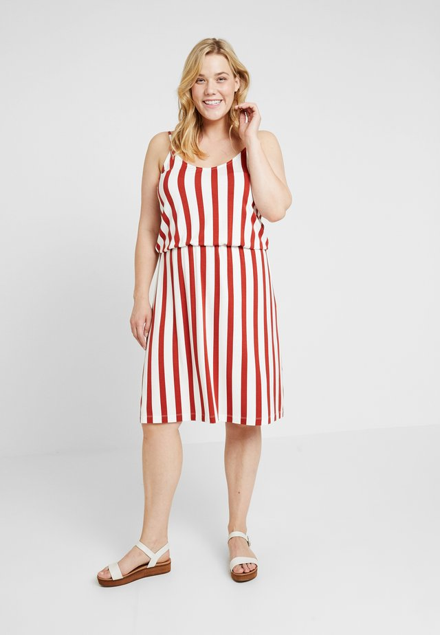 CARNILLE KNEE DRESS - Jersey dress - cloud dancer/ketchup
