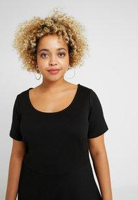 ONLY Carmakoma - CARFAVORITE KNEE DRESS - Jersey dress - black - 4