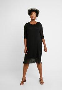 ONLY Carmakoma - CARSISSEL KNEE DRESS - Vestido ligero - black - 0