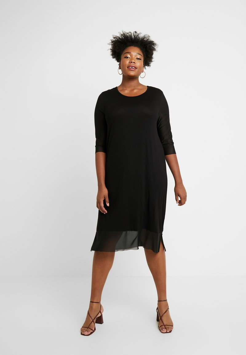 ONLY Carmakoma - CARSISSEL KNEE DRESS - Vestido ligero - black
