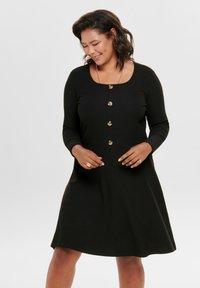 ONLY Carmakoma - MIT LANGEN ÄRMELN CURVY - Gebreide jurk - black - 0