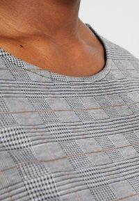 ONLY Carmakoma - CARJOLLY 3/4 CHECK DRESS - Vestido ligero - black - 5