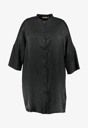 CARLEONORA 3/4 TUNIC DRESS - Abito a camicia - black