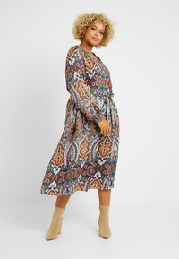 ONLY Carmakoma - CARBOHE CALF DRESS - Korte jurk - orange - 0