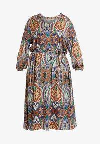 ONLY Carmakoma - CARBOHE CALF DRESS - Korte jurk - orange - 4