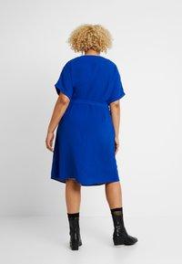 ONLY Carmakoma - CARMALIKKA KNEE DRESS - Day dress - dazzling blue - 3