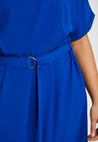 ONLY Carmakoma - CARMALIKKA KNEE DRESS - Day dress - dazzling blue - 6