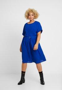 ONLY Carmakoma - CARMALIKKA KNEE DRESS - Day dress - dazzling blue - 0
