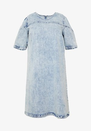 CARLEXA KNEE DRESS - Denní šaty - light blue denim/snow wash