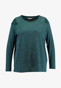 ONLY Carmakoma - CARCAMER - T-shirt à manches longues - ponderosa pine - 4