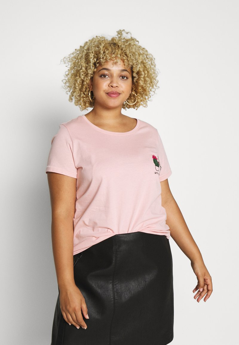 ONLY Carmakoma - CARCHASE LIFE TEE - T-shirts med print - misty rose