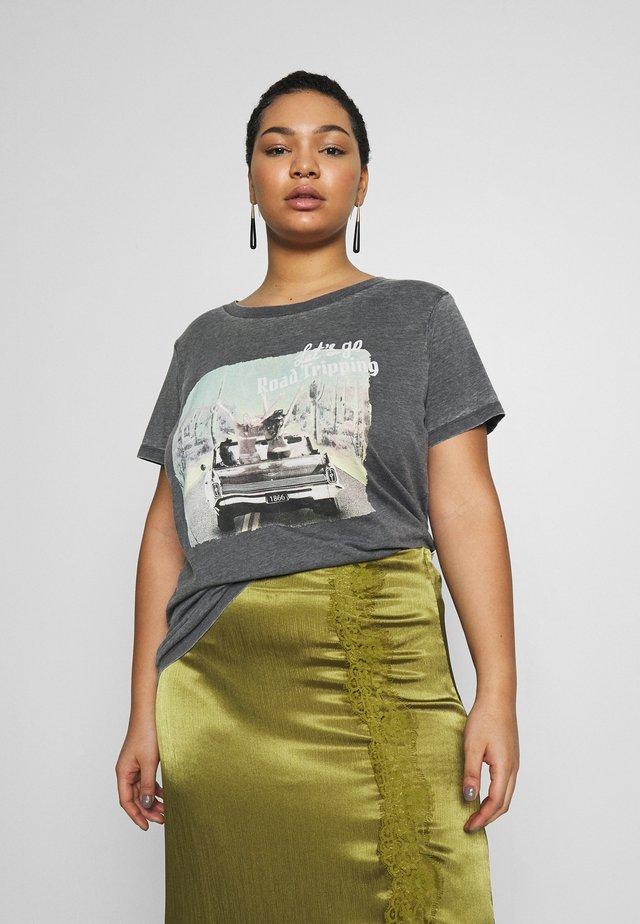 CARROAD REG TEE - T-shirts med print - black/acid wash