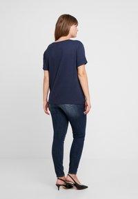 ONLY Carmakoma - CARCARMA - Camiseta básica - night sky melange - 2