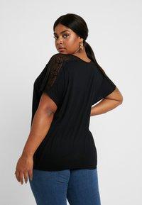 ONLY Carmakoma - CARLENE - Print T-shirt - black - 2