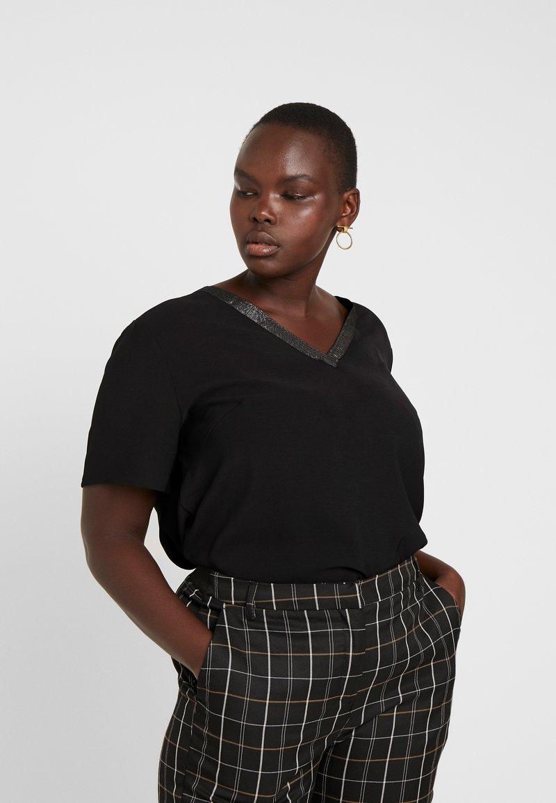 ONLY Carmakoma - Blouse - black