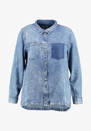 ONCARFIEKE SHIRT - Camisa - light blue denim/acid wash