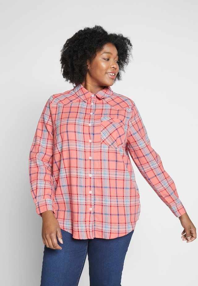 CARFILUKKA CHECK - Button-down blouse - bittersweet