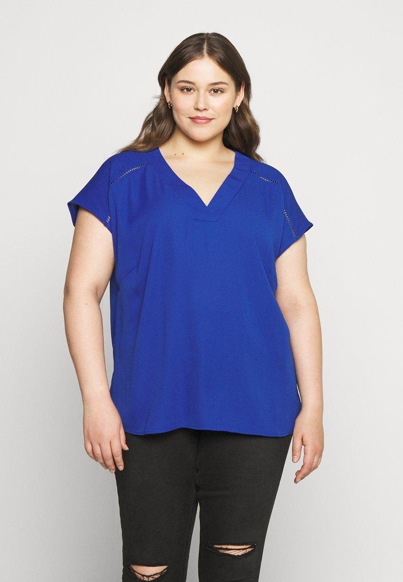 ONLY Carmakoma - CARDESIDO V NECK - Bluser - mazarine blue