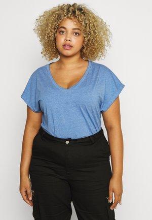 CARNOIZY LIFE  - T-shirts - victoria blue