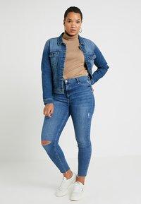 ONLY Carmakoma - CARWESPA  - Denim jacket - medium blue denim - 2