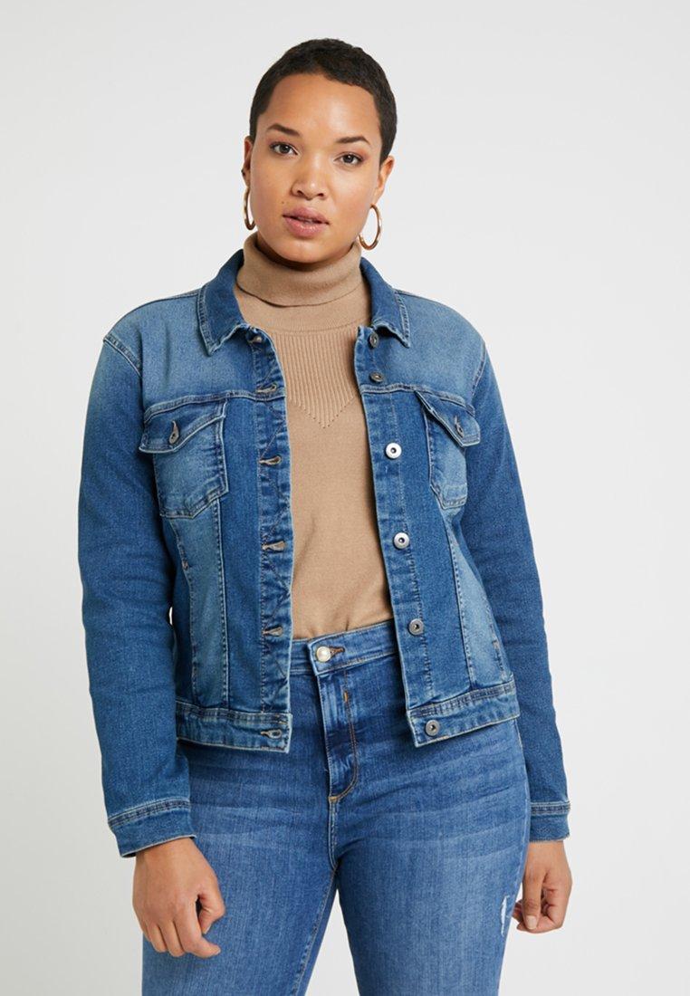ONLY Carmakoma - CARWESPA  - Denim jacket - medium blue denim