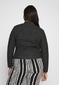 ONLY Carmakoma - CARAVANA BIKER - Faux leather jacket - black - 2