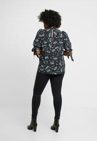 ONLY Carmakoma - CARRINA - Jeans Skinny Fit - black - 2