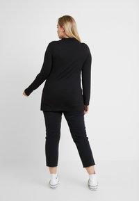 ONLY Carmakoma - CARMILY - Straight leg -farkut - black denim - 2