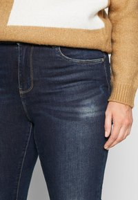 ONLY Carmakoma - CARSTORMY - Jeans Skinny Fit - dark blue denim - 4