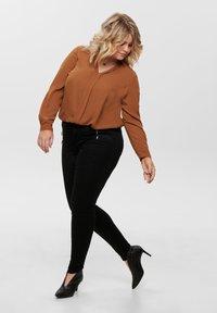 ONLY Carmakoma - Jeans Skinny Fit - black - 1