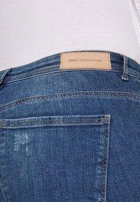 ONLY Carmakoma - CARCARMA REGULAR SLIM  - Jeans slim fit - medium blue denim - 5