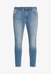 ONLY Carmakoma - CARWILLY - Jeans Skinny Fit - light blue denim - 3