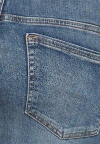 ONLY Carmakoma - CARWILLY - Jeans Skinny Fit - medium blue denim - 2