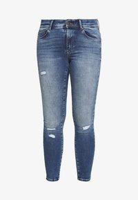 ONLY Carmakoma - CARMAYA LIFE - Jeans Skinny Fit - medium blue denim - 4
