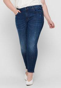 ONLY Carmakoma - SKINNY FIT JEANS CURVY CARKARLA REG ANKLE - Jeans Skinny Fit - dark blue denim - 0